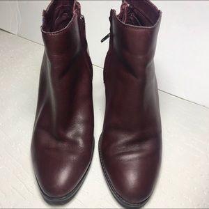 bp Burgandy leather heeled ankle booties Sz 7